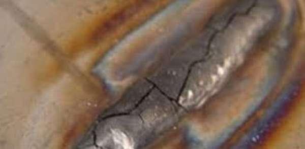 Растрескивание шва при неверной технологии сварки