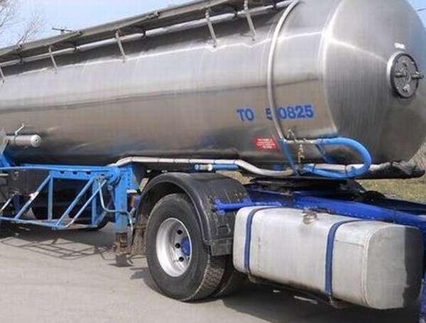Перевозка продуктов питания и продуктовых жидкостей и полуфабрикатов тоже требует применения пищевой нержавеющей стали