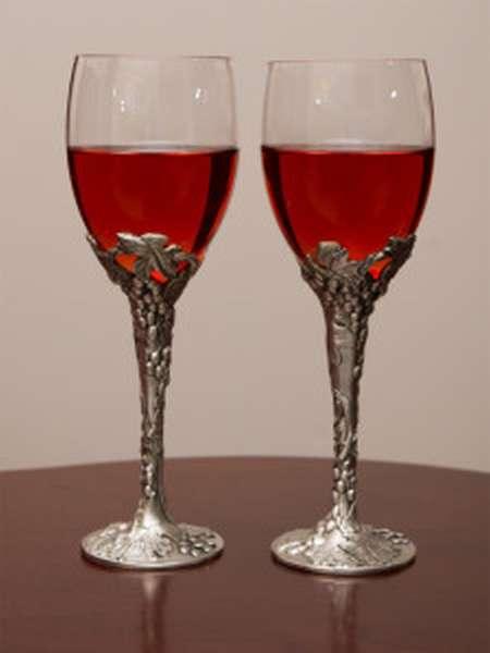 бокалы из стекла и олова