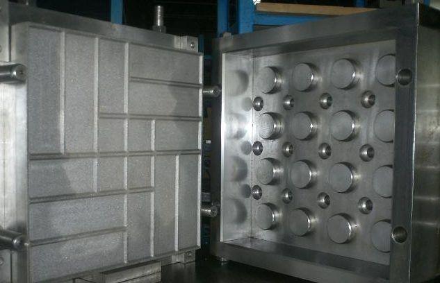 Пресс форма для пластмассовых плиток