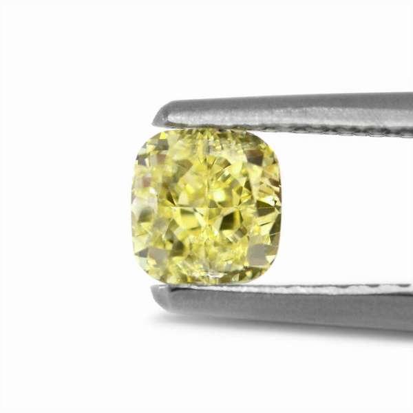 Самые редкие фантазийные алмазы зеленый бриллиант