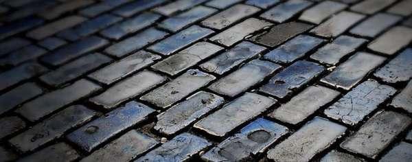 Тротуарная плитка с царапинами