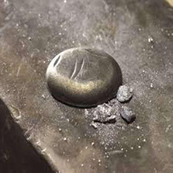Застывшее олово