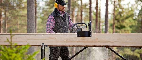 Пилорама Логосоль способная распилить бревна до 4,5 метров
