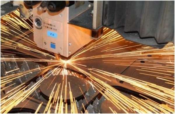 Лазерный станок для высокоточного раскроя