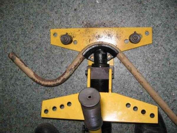 Один из самых лучших параметров трубогиба ТГ-1, является его радиус изгиба труб