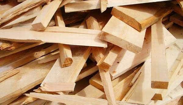 Обрезки древесины