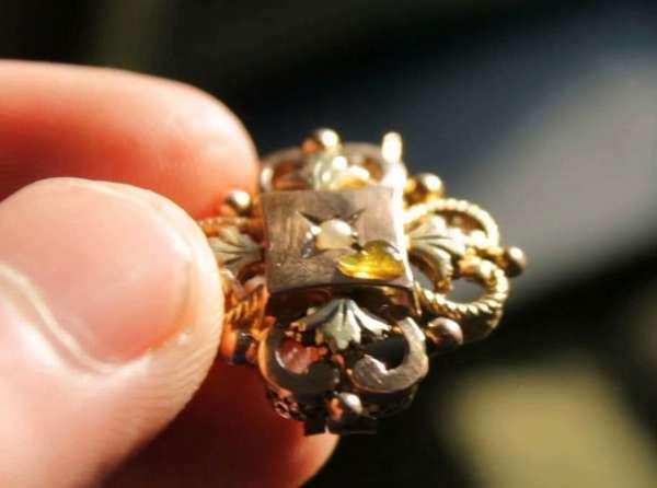 Золото или нет: 13 способов проверить на подлинность украшение в домашних условиях