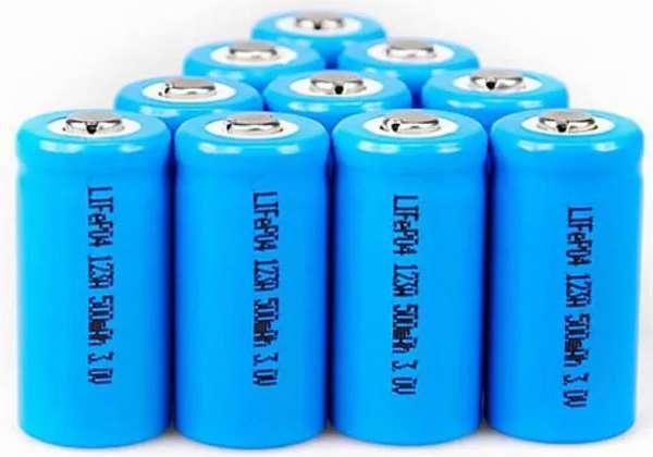Что делать если потекла батарейка