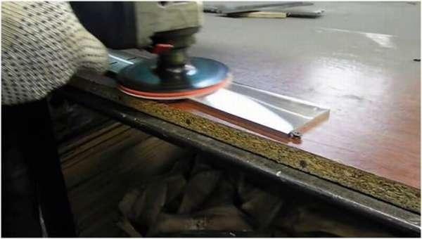 Процесс полировки металла до зеркала