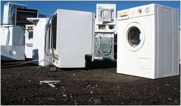 выброшенные стиральные машины