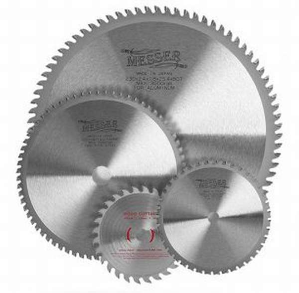На диске указано по по каким металлам его можно применять