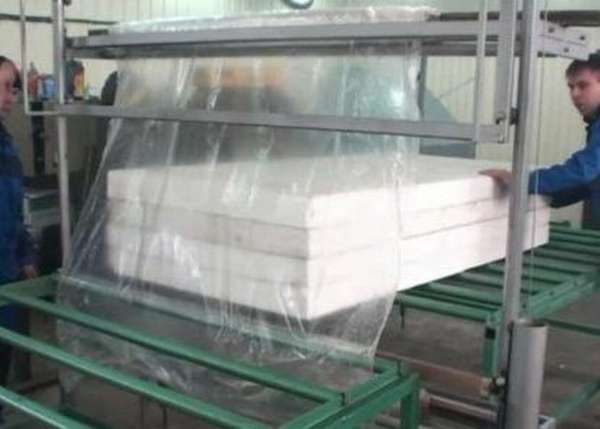 Станок для упаковки пенопласта